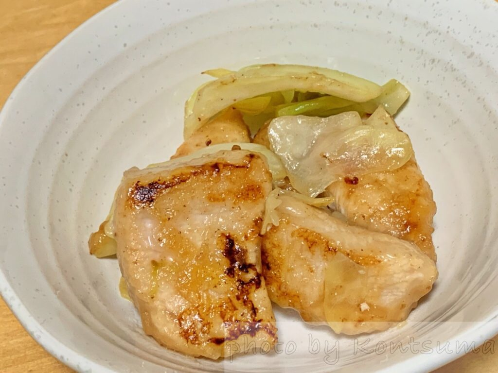 鶏むね肉とキャベツの塩だれ炒め